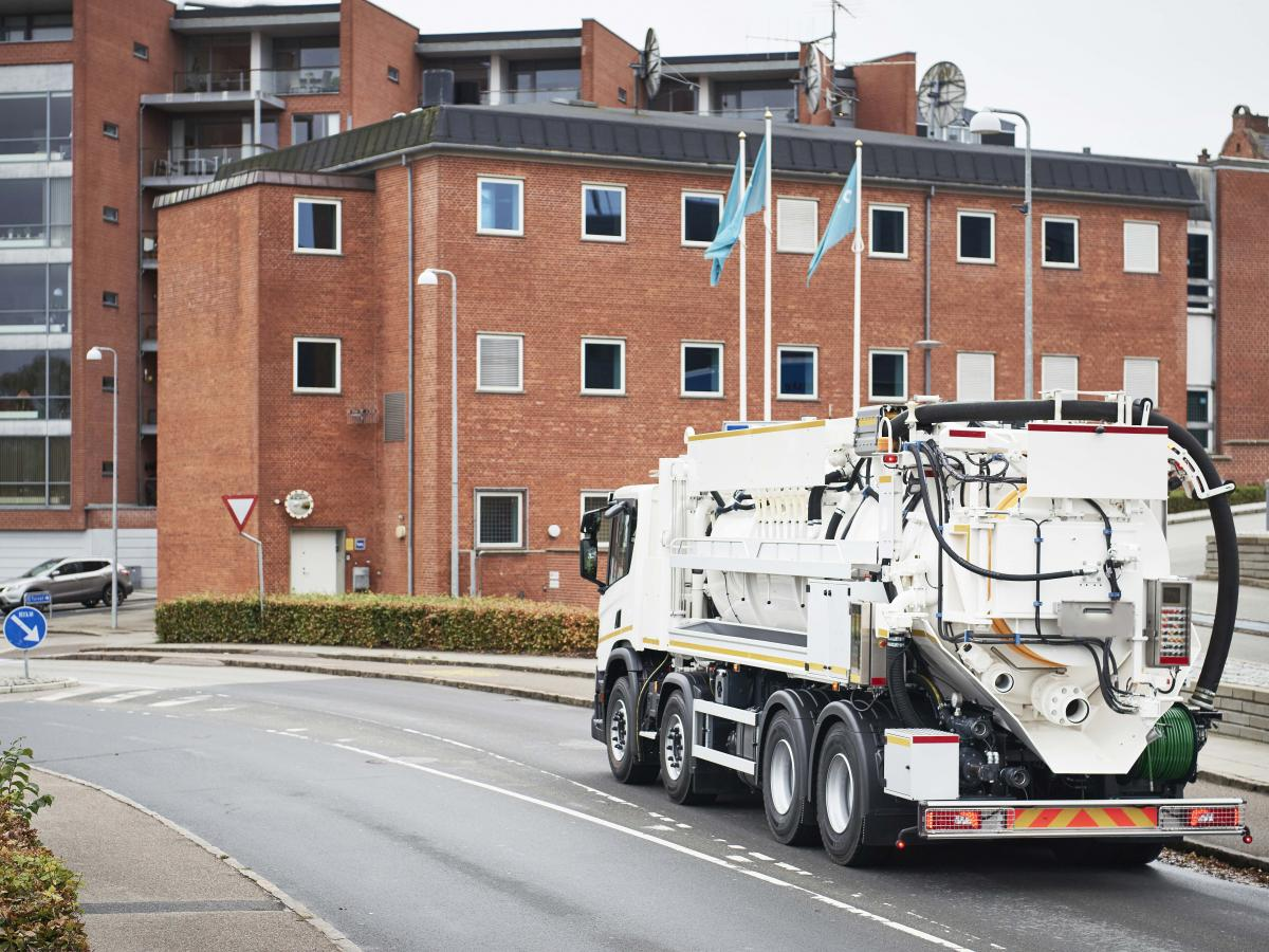 RECycler® 414 Recycler sewer cleaning unit UK IE